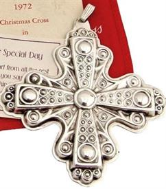,1972 X-MAS CROSS W/BOX
