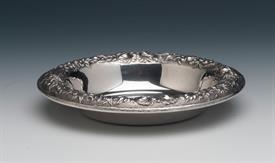 ",Candy Dish Bowls Kirk Repousse Sterling Silver 3.65 troy ounces 5.5"" diameter Nice condition"