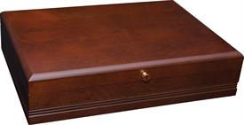 "-$62M TAUNTON MAHOGANY SILVER CHEST BY REED & BARTON 15.75"" X 11.75"" X 3.5"" HOLDS UP TO 130 PIECES"
